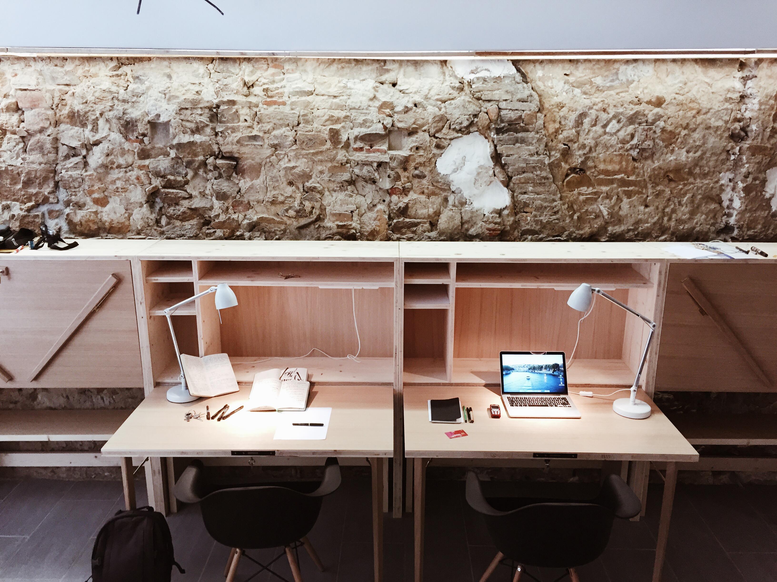 les meilleurs espaces de coworking lyon. Black Bedroom Furniture Sets. Home Design Ideas